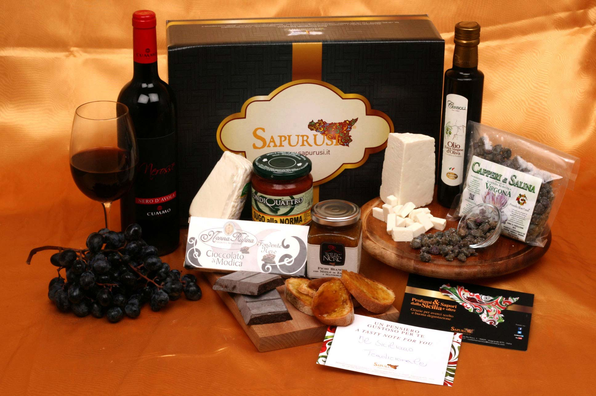 THE TRADITIONAL SICILIAN - TYPICAL PRODUCTS GIFT BOX